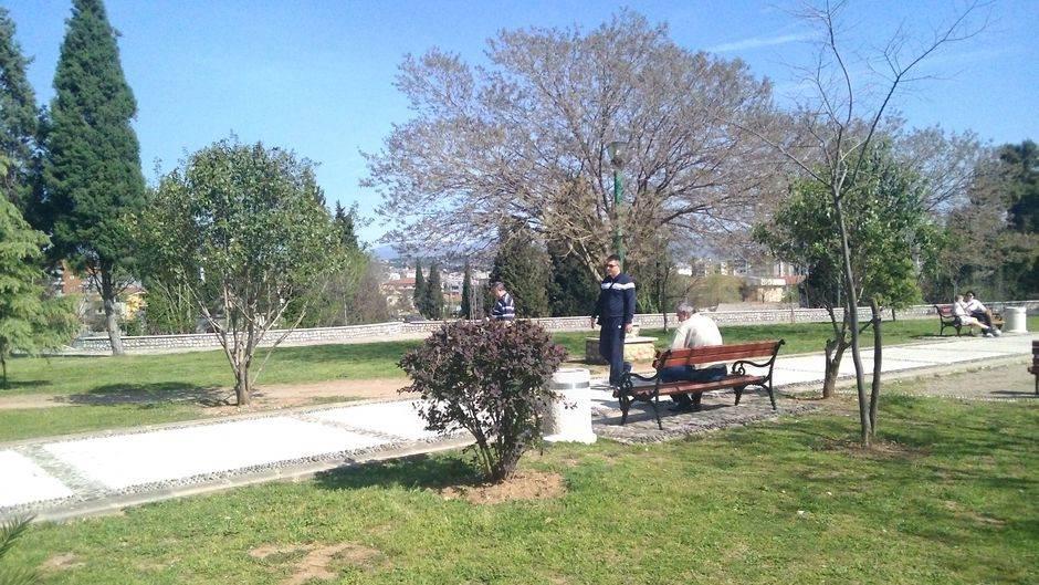 Podgorica šetnja park sunce