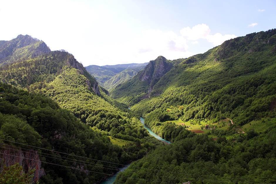 Crna Gora je primamljiva, evo i zašto! (FOTO)