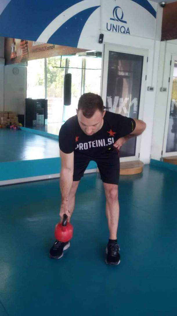 Piramidalni trening sa kettlebell-om (FOTO, VIDEO)