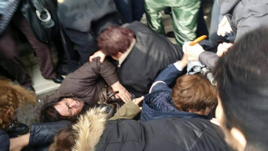majke protest drama