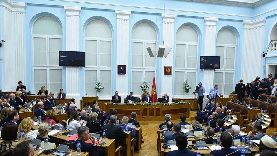 Skupština na Cetinju Marković Vlada