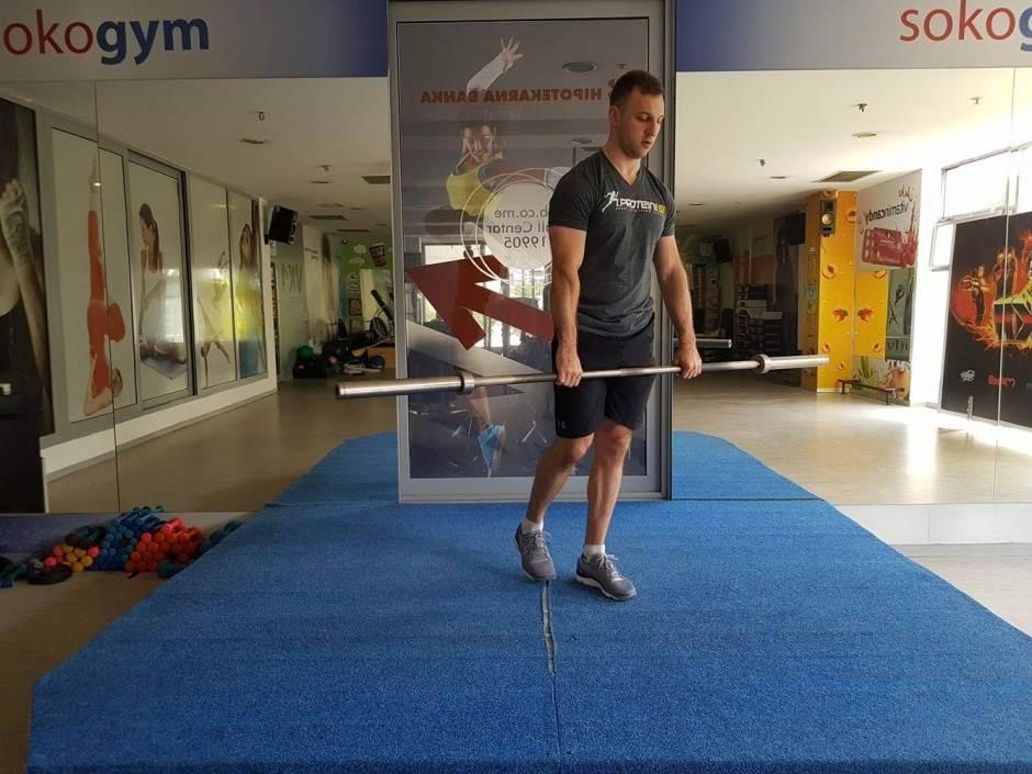 PROBAJTE OVO: Kompleks vježbi sa šipkom! (FOTO)