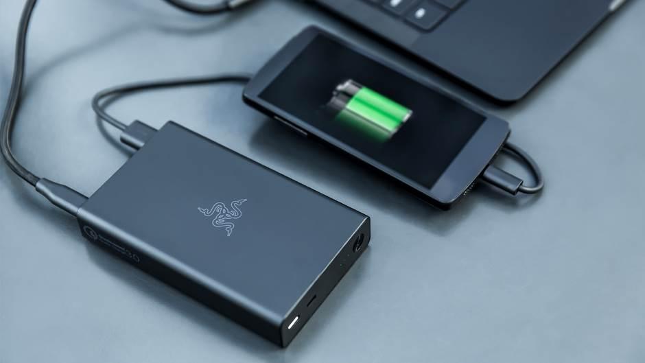 Razer Power bank mobilna baterija