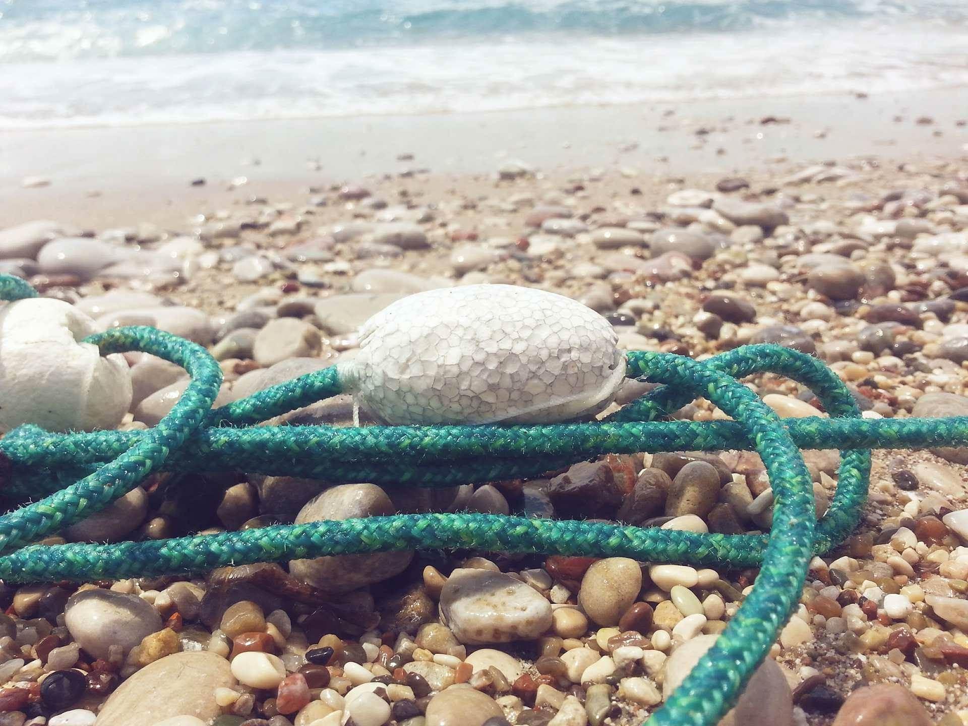 Sutomore, bove, more, obala, plaža,ljeto,voda pijesak, talasi