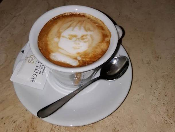 Njegove kafe se prvo fotografišu! (FOTO)