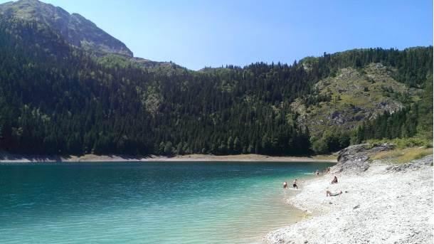 Sportski ribolov na Crnom jezeru počinje 1. maja
