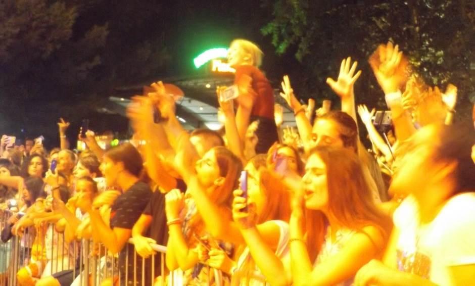 Joksimovićev muzički zemljotres u Baru! (FOTO)