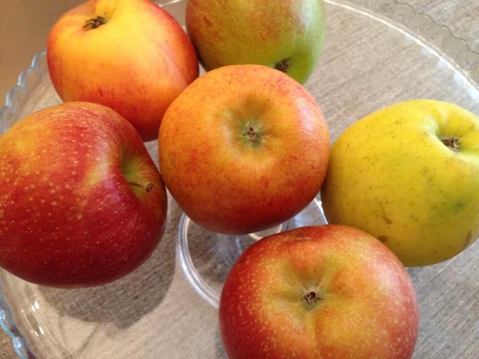 jabuka, jabuke, voće