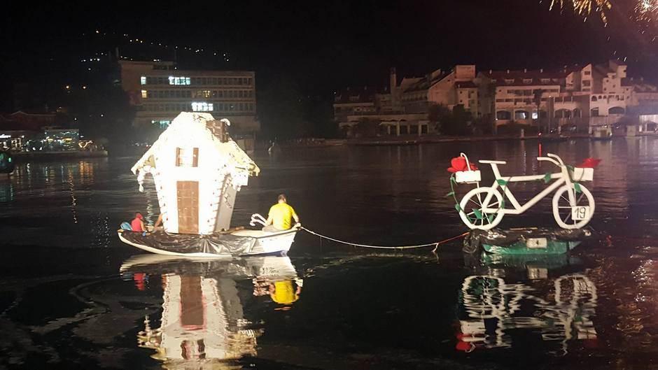 """Bokeljska noć: Pobjednik barka """"Veliki dok Bijela"""""""