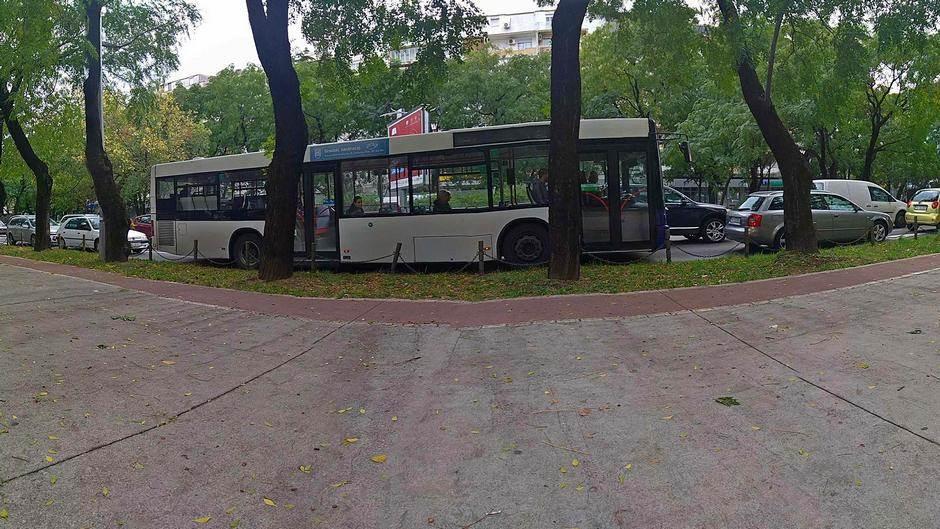 Autobus, saobraćaj