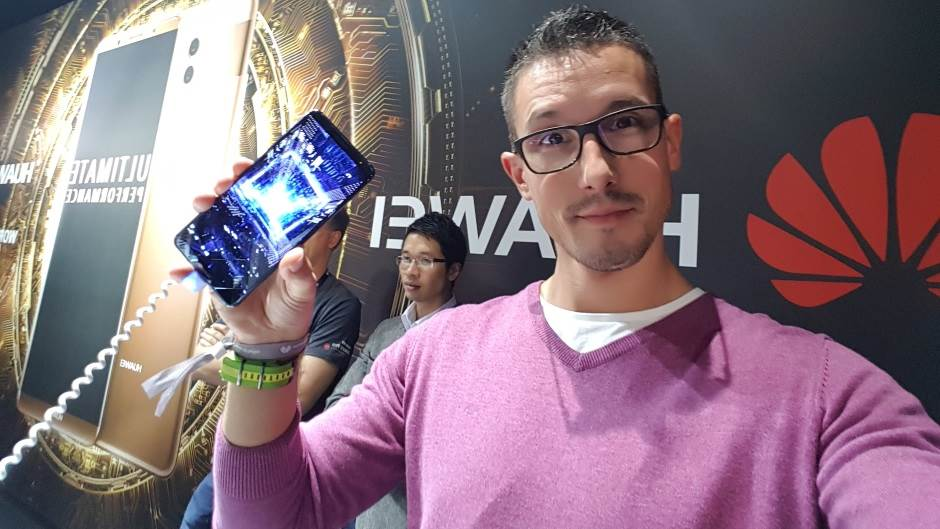 Huawei vrijeđa Samsung Galaxy S8 (VIDEO)