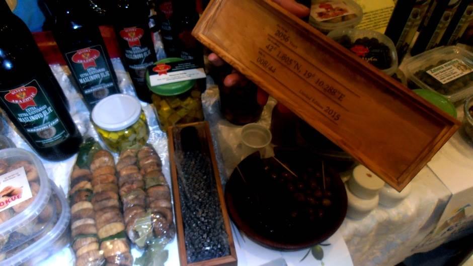 250 ml ulja u specijalnoj ambalaži - 150 eura