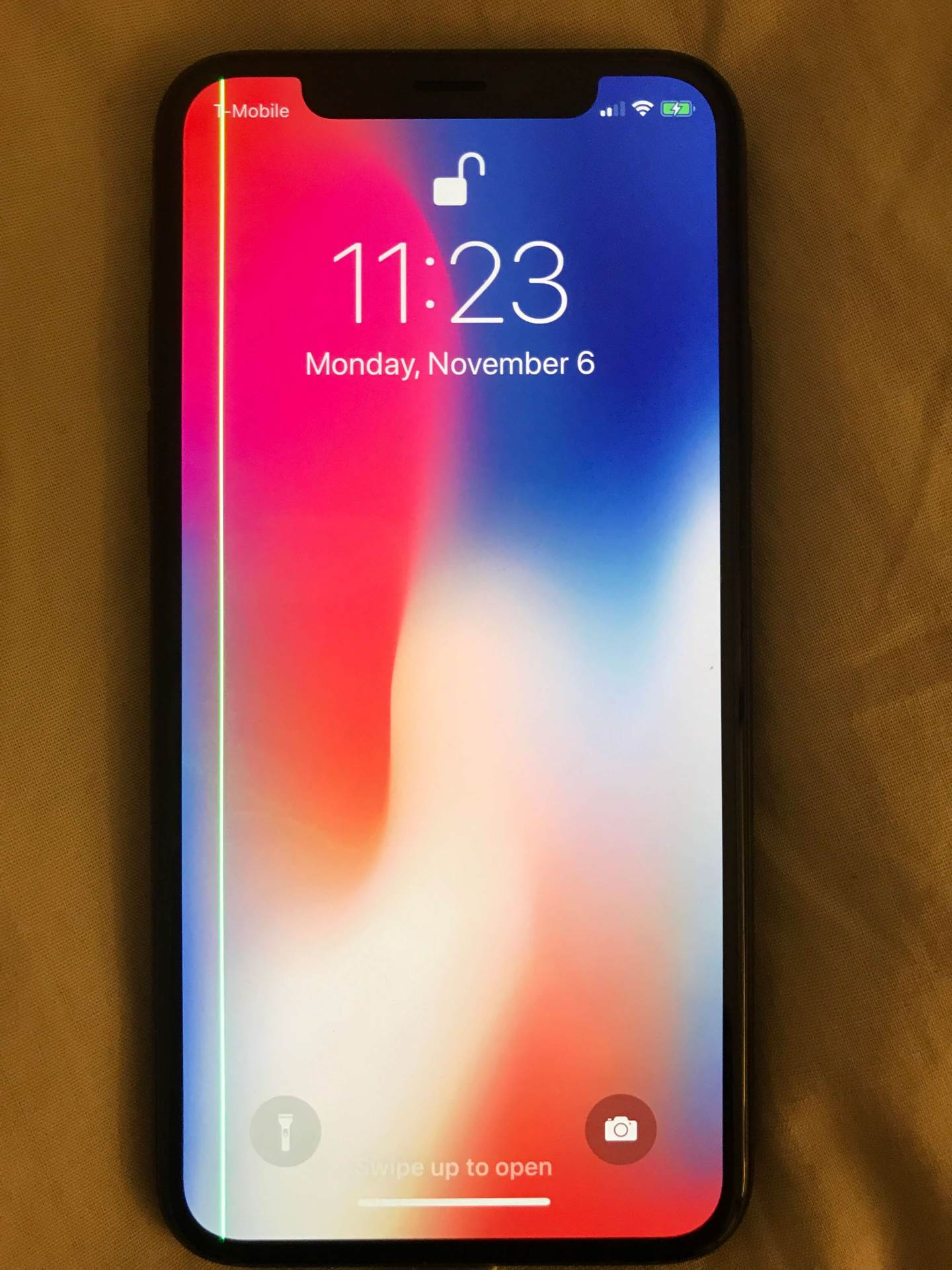 Ko je kriv za bizaran iPhone X problem?!