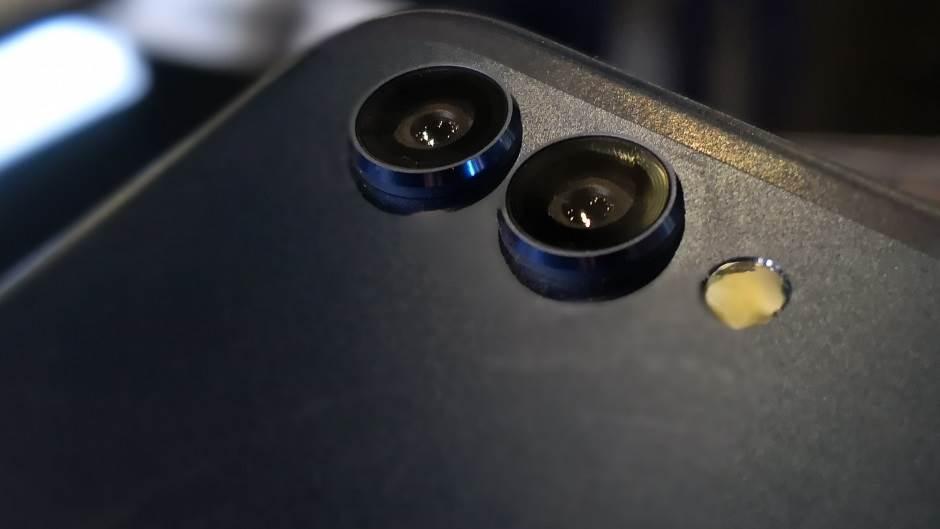 Sjajan telefon ne mora da košta 1.000 €, naprotiv!