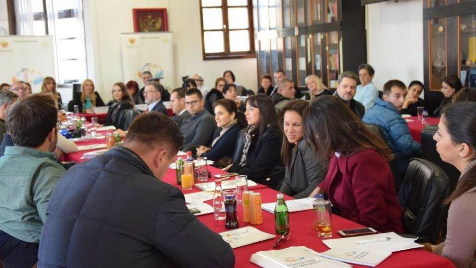 Prevaziđite predrasude i zaposlite OSI (FOTO)