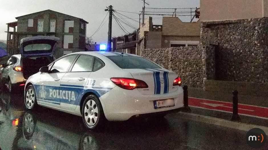 Policija, auto policije, teambuilding