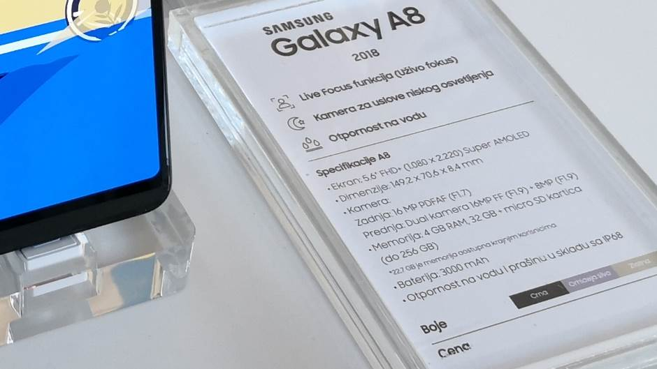 Galaxy A8: Kao S8, ali jeftiniji (opis, cijena)