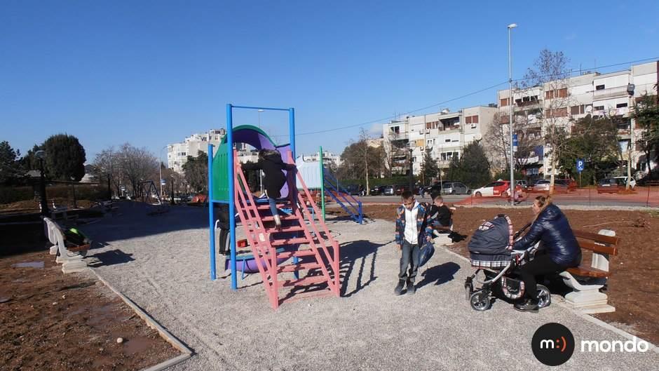 igralište park djeca igra Zabjelo