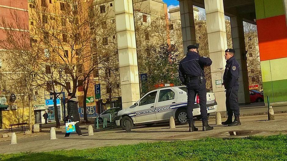 Komunalna policija: Krađa ograde nije prijavljena!