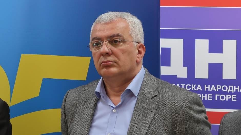 DF, Andrija Mandić