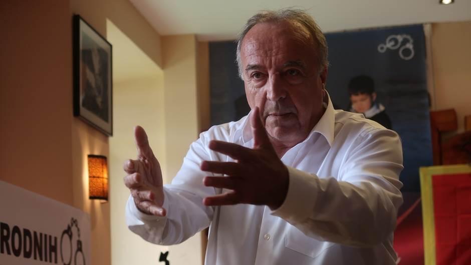 Miličković za MONDO:Deset ljudi je zarobilo državu
