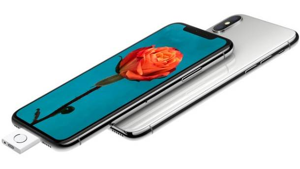 Apple 1. april iPhone X Touch ID dodatak