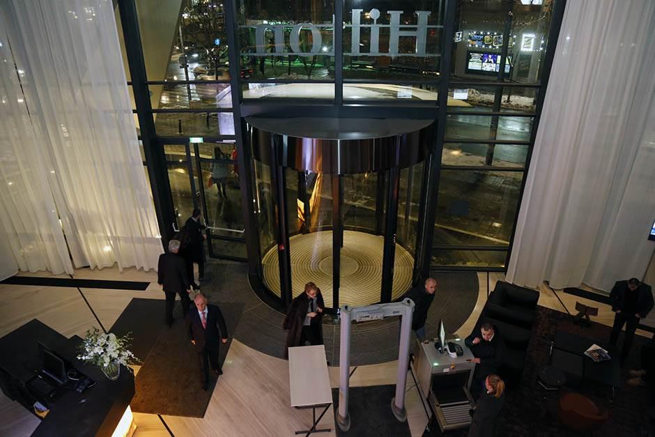 Hotel, Hilton, otvaranje
