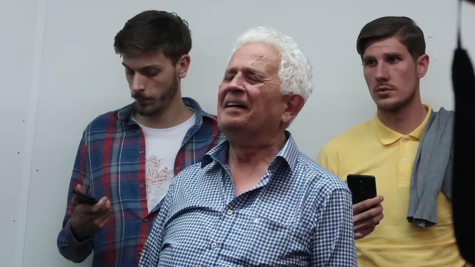 IZBORI UŽIVO: Đukanoviću 54 odsto glasova!