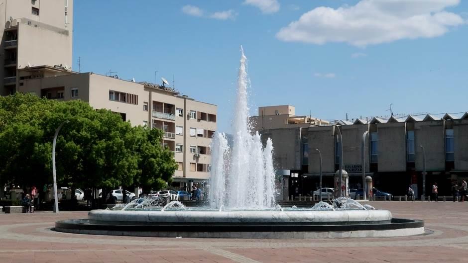 trg nezavisnosti podgorica grad fontana sunce