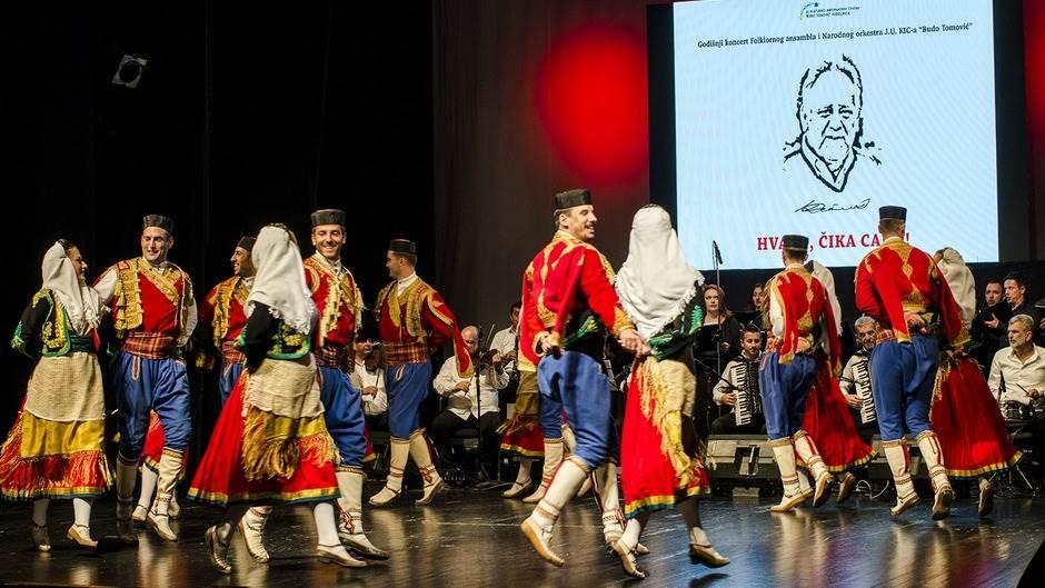 Folkloraši KIC-a Budo Tomović priredili spektakl