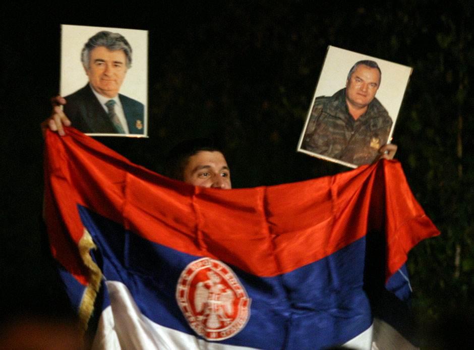 republika srpska ratko mladić radovan karadžić srbi general generali hag haški osuđenici ratni zločini zločinci