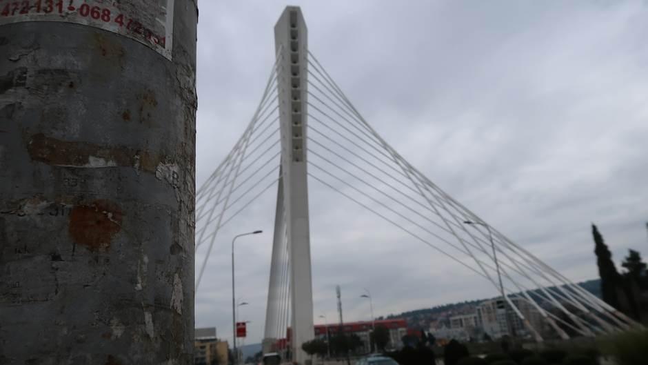 Zaslužuje li Podgorica zarđali simbol grada?(FOTO)
