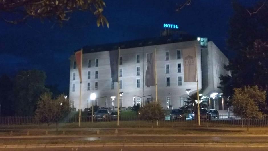 """Ubrzo počinje rušenje hotela """"Siti"""""""