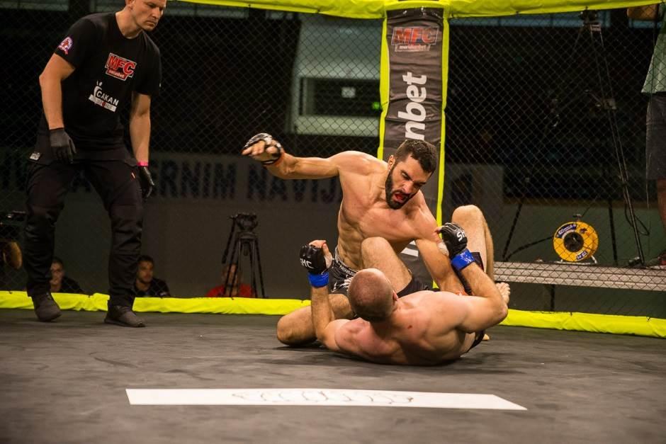 Topolica prštala od MMA adrenalina! (VIDEO, FOTO)