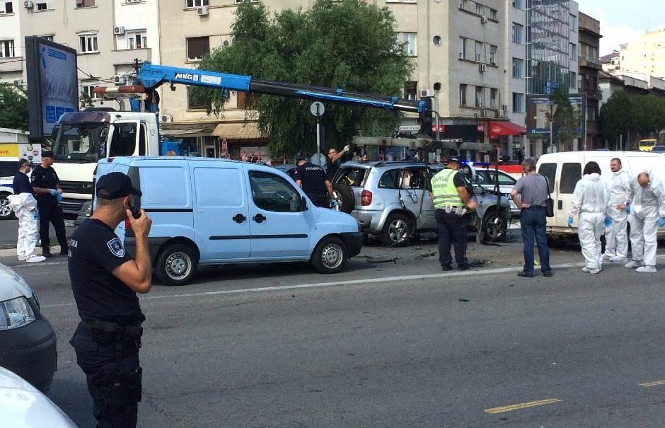 RAZNIJET DŽIP u Beogradu,vozač mrtav! (FOTO/VIDEO)