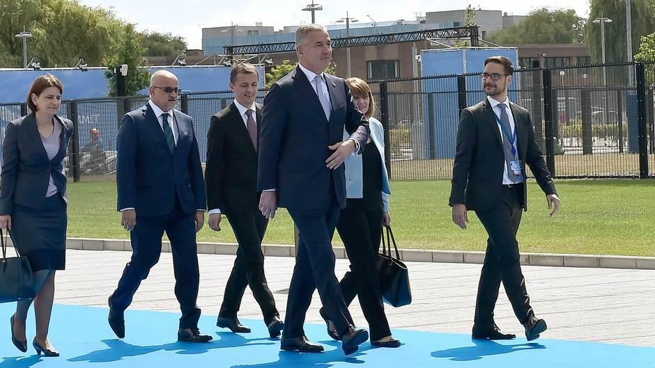 Đukanović stigao na Samit NATO-a u Briselu (FOTO)