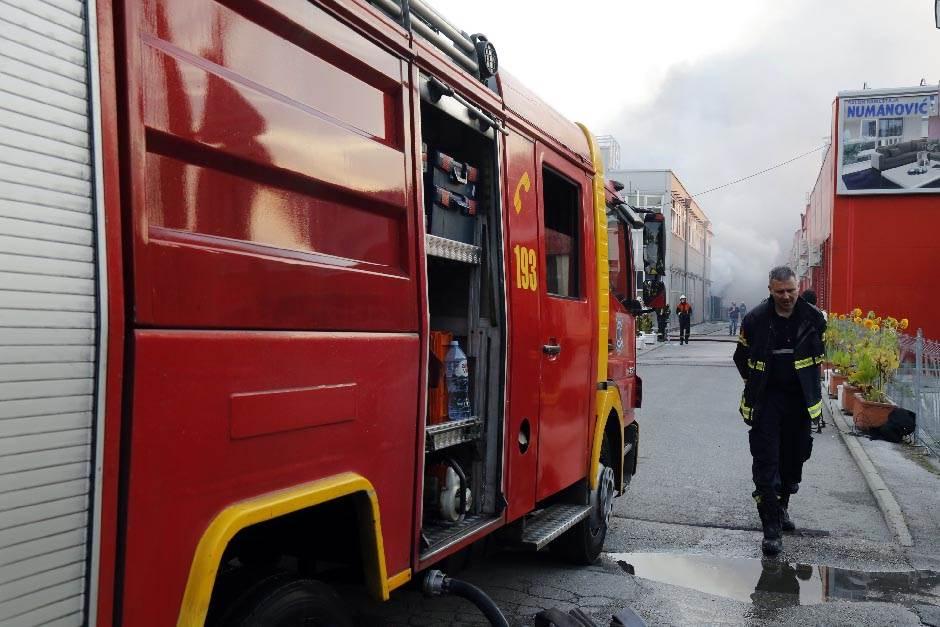 požar, vatrogasac, vatrogasci, vatra