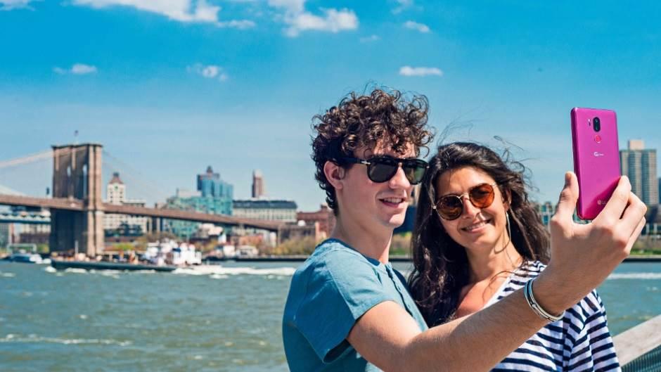 Šest savjeta kako da sačuvate telefon tokom ljeta