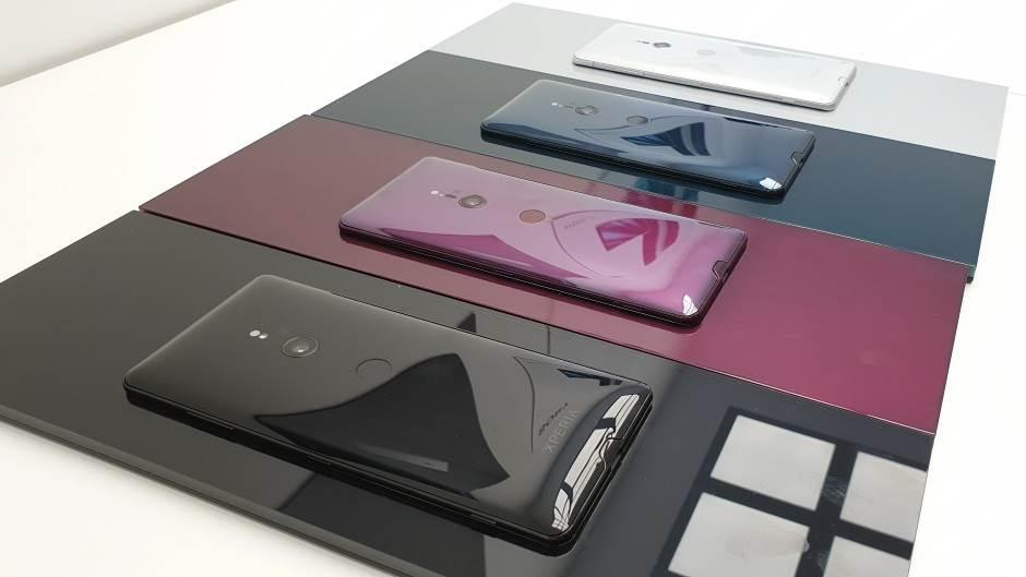 Jedan telefon, jedna kamera i najbolji ekran ikad