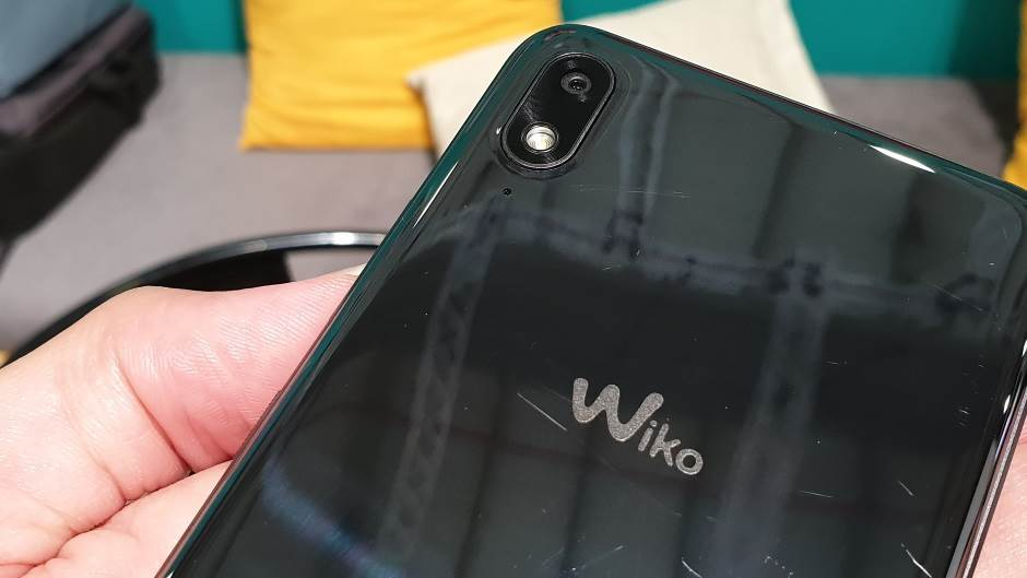 Luksuzni telefoni dostupni svima (FOTO/VIDEO)