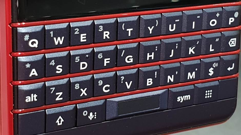 Povratak tastature na mobilni (FOTO, VIDEO)