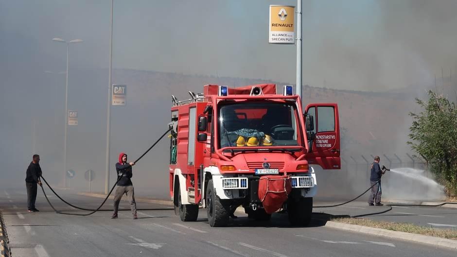 Aktivan požar u Potocima