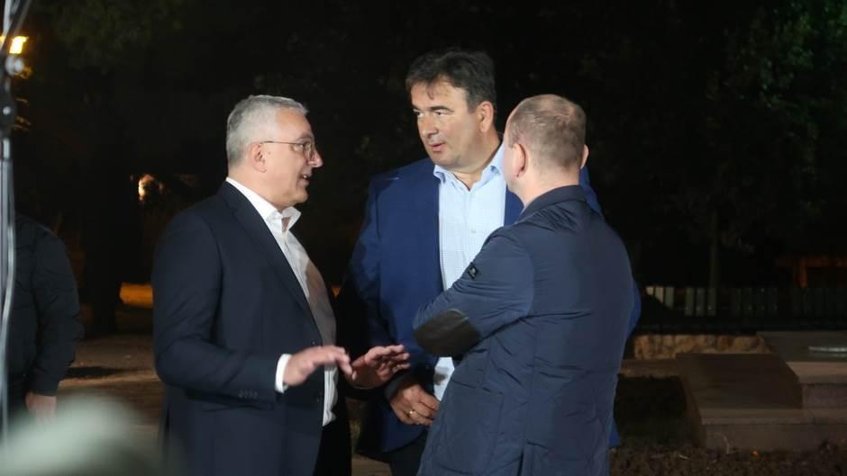 Protest DF-a, mandić, medojević knežević