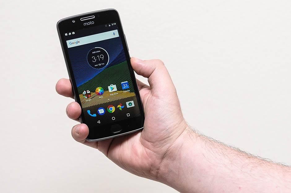 Novi Android za Motorola telefone stigao i kod nas