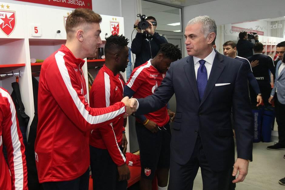 UEFA pita: Kejn, Mahrez, Benzema ili Pavkov?