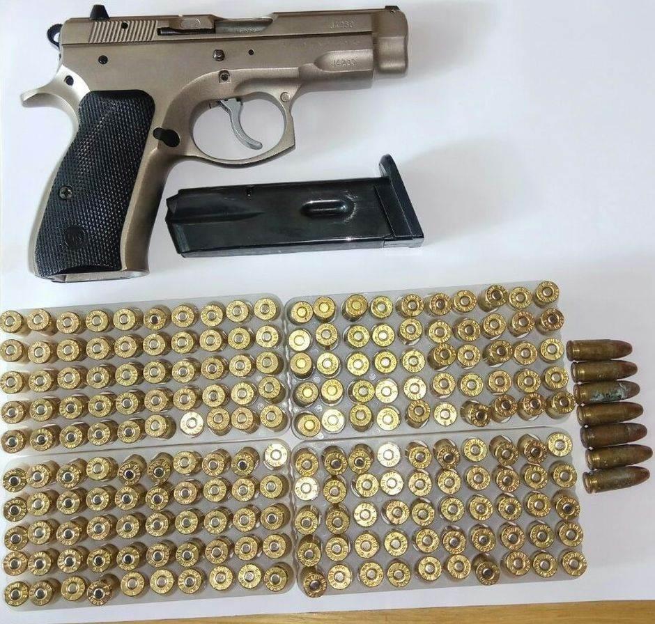 U šest gradova zaplijenili oružje i municiju