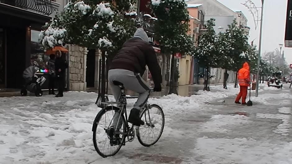 snijeg, biciklo