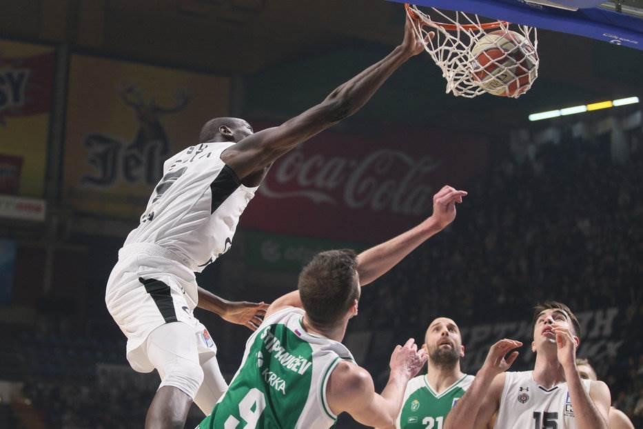 """Partizan ubjedljiv, """"dvocifren"""" i Pecarski"""