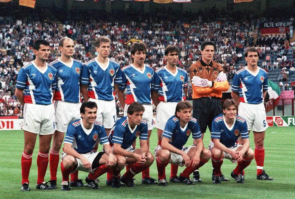 Svjetsko prvenstvo 1990 - Jugoslavija - Nemačka 1:4. Jozić, Spasić, Katanec, Vulić, Zlatko Vujović, Ivković, Hadžibegić, Savićević, Sušić, Baljić, Stojković.