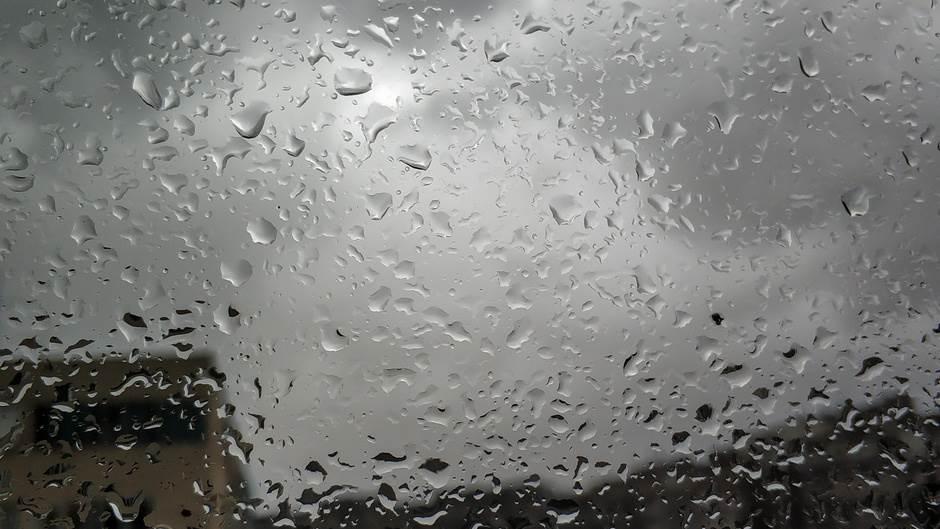 Sjutra promjenljivo oblačno s kišom